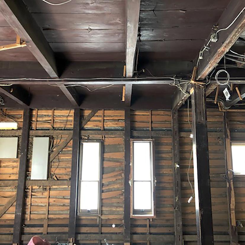 天井と梁は残したまま